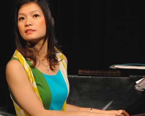Lu Ye – Piano