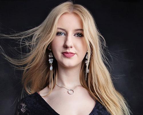 Emma Greenhill – Violin